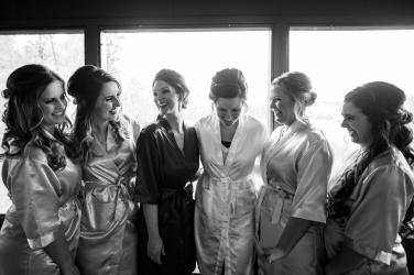 Photographer Amy Elizabeth Birdsong Photography Meadow Ridge Events Windsor Ohio Wedding -10