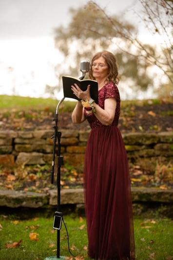 Photographer Amy Elizabeth Birdsong Photography Meadow Ridge Events Windsor Ohio Wedding -100
