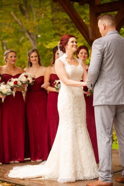Photographer Amy Elizabeth Birdsong Photography Meadow Ridge Events Windsor Ohio Wedding -103