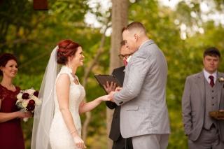 Photographer Amy Elizabeth Birdsong Photography Meadow Ridge Events Windsor Ohio Wedding -105