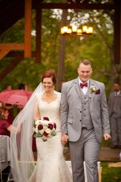 Photographer Amy Elizabeth Birdsong Photography Meadow Ridge Events Windsor Ohio Wedding -115