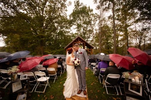 Photographer Amy Elizabeth Birdsong Photography Meadow Ridge Events Windsor Ohio Wedding -117