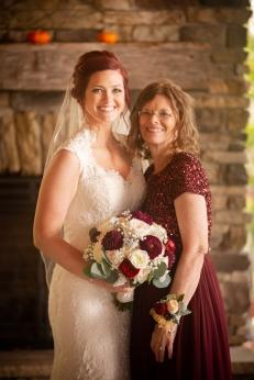 Photographer Amy Elizabeth Birdsong Photography Meadow Ridge Events Windsor Ohio Wedding -123