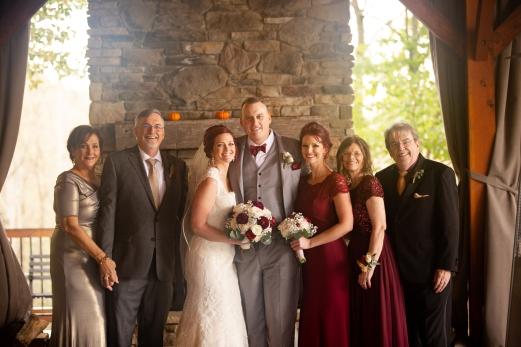Photographer Amy Elizabeth Birdsong Photography Meadow Ridge Events Windsor Ohio Wedding -125