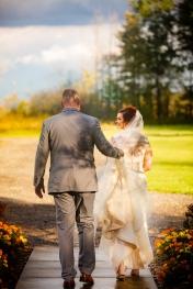 Photographer Amy Elizabeth Birdsong Photography Meadow Ridge Events Windsor Ohio Wedding -135