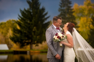Photographer Amy Elizabeth Birdsong Photography Meadow Ridge Events Windsor Ohio Wedding -145