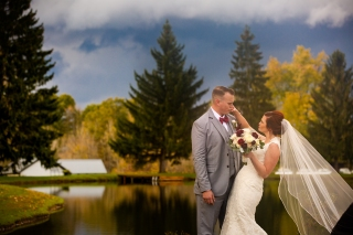Photographer Amy Elizabeth Birdsong Photography Meadow Ridge Events Windsor Ohio Wedding -146