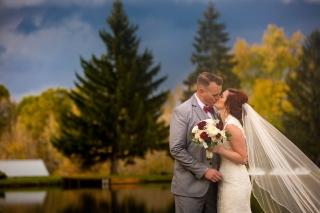 Photographer Amy Elizabeth Birdsong Photography Meadow Ridge Events Windsor Ohio Wedding -147