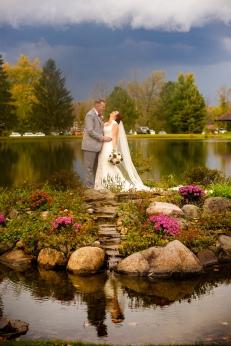 Photographer Amy Elizabeth Birdsong Photography Meadow Ridge Events Windsor Ohio Wedding -149