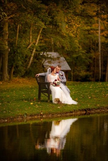 Photographer Amy Elizabeth Birdsong Photography Meadow Ridge Events Windsor Ohio Wedding -151