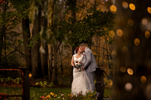 Photographer Amy Elizabeth Birdsong Photography Meadow Ridge Events Windsor Ohio Wedding -155