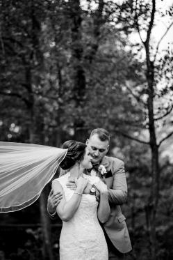 Photographer Amy Elizabeth Birdsong Photography Meadow Ridge Events Windsor Ohio Wedding -158