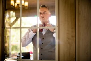 Photographer Amy Elizabeth Birdsong Photography Meadow Ridge Events Windsor Ohio Wedding -25