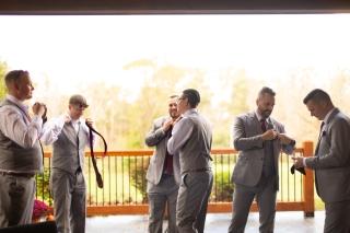 Photographer Amy Elizabeth Birdsong Photography Meadow Ridge Events Windsor Ohio Wedding -26