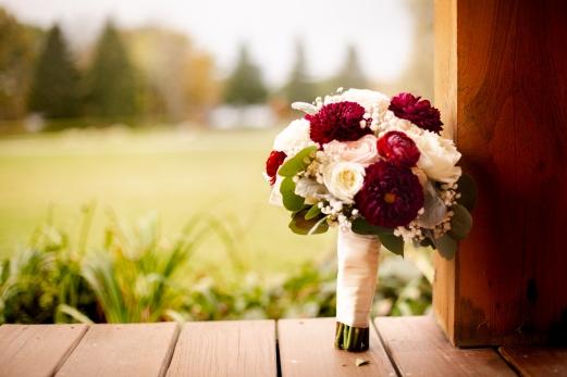 Photographer Amy Elizabeth Birdsong Photography Meadow Ridge Events Windsor Ohio Wedding -41