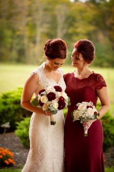 Photographer Amy Elizabeth Birdsong Photography Meadow Ridge Events Windsor Ohio Wedding -45
