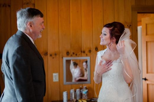 Photographer Amy Elizabeth Birdsong Photography Meadow Ridge Events Windsor Ohio Wedding -62