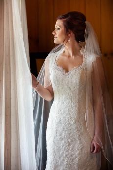 Photographer Amy Elizabeth Birdsong Photography Meadow Ridge Events Windsor Ohio Wedding -64