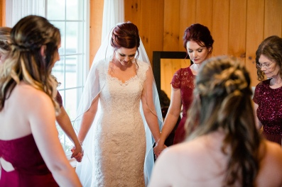 Photographer Amy Elizabeth Birdsong Photography Meadow Ridge Events Windsor Ohio Wedding -67