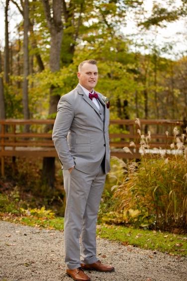 Photographer Amy Elizabeth Birdsong Photography Meadow Ridge Events Windsor Ohio Wedding -72