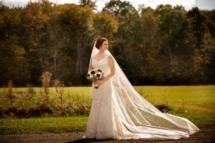 Photographer Amy Elizabeth Birdsong Photography Meadow Ridge Events Windsor Ohio Wedding -73