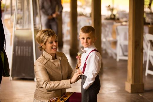 Photographer Amy Elizabeth Birdsong Photography Meadow Ridge Events Windsor Ohio Wedding -78