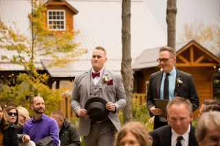 Photographer Amy Elizabeth Birdsong Photography Meadow Ridge Events Windsor Ohio Wedding -83