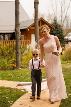 Photographer Amy Elizabeth Birdsong Photography Meadow Ridge Events Windsor Ohio Wedding -86