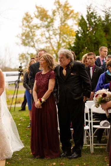 Photographer Amy Elizabeth Birdsong Photography Meadow Ridge Events Windsor Ohio Wedding -94