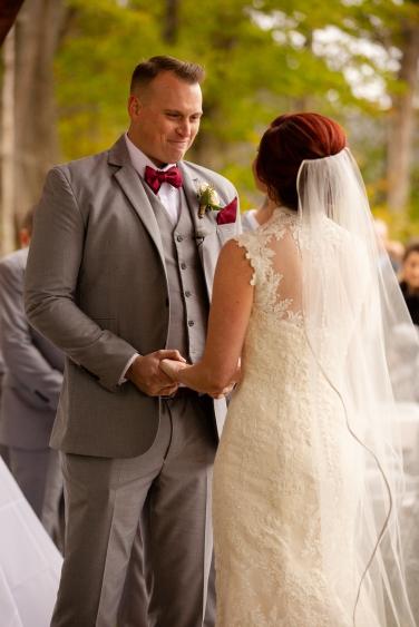 Photographer Amy Elizabeth Birdsong Photography Meadow Ridge Events Windsor Ohio Wedding -97