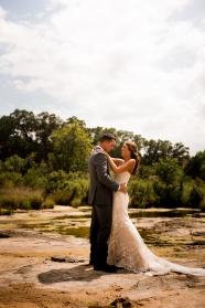 @photographeramy elizabeth birdsong photography photographer amy king river ranch wedding photos-31
