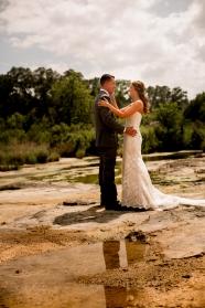 @photographeramy elizabeth birdsong photography photographer amy king river ranch wedding photos-32