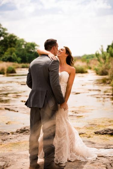 @photographeramy elizabeth birdsong photography photographer amy king river ranch wedding photos-33