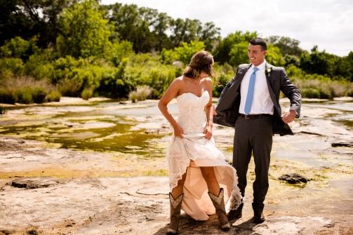 @photographeramy elizabeth birdsong photography photographer amy king river ranch wedding photos-35