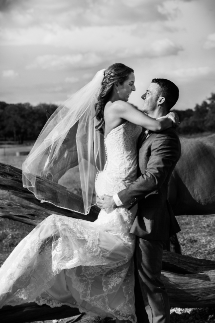 @photographeramy elizabeth birdsong photography photographer amy king river ranch wedding photos-77