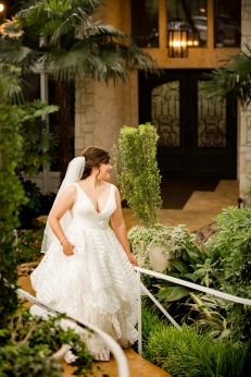 @ Photographer Amy Elizabeth Birdsong Photography Casa Blanca Wedding Photos Austin Wedding Venue-31