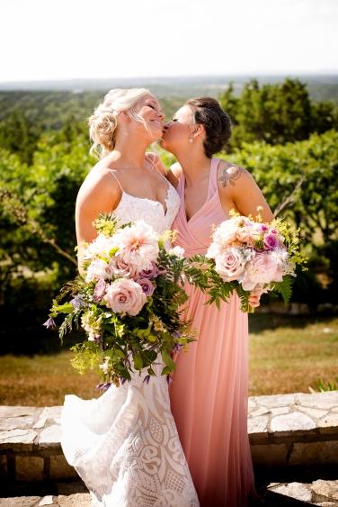 @ Photographer Amy Elizabeth Birdsong Photography Rancho Mirando Austin Texas wedding venue photos-21