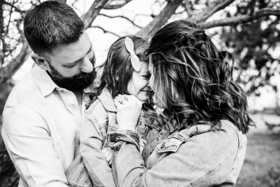 @ Photographer Amy Elizabeth Birdsong Photography Texas Bluebonnet family portrait location photographer-17