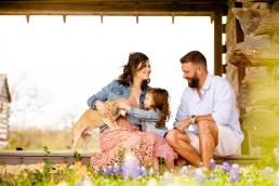 @ Photographer Amy Elizabeth Birdsong Photography Texas Bluebonnet family portrait location photographer-25