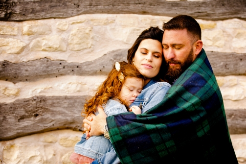 @ Photographer Amy Elizabeth Birdsong Photography Texas Bluebonnet family portrait location photographer-26