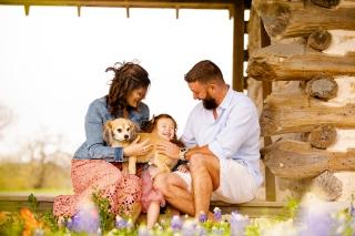 @ Photographer Amy Elizabeth Birdsong Photography Texas Bluebonnet family portrait location photographer-29