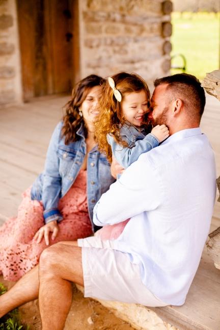 @ Photographer Amy Elizabeth Birdsong Photography Texas Bluebonnet family portrait location photographer-33
