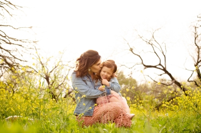 @ Photographer Amy Elizabeth Birdsong Photography Texas Bluebonnet family portrait location photographer-41