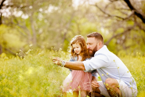 @ Photographer Amy Elizabeth Birdsong Photography Texas Bluebonnet family portrait location photographer-43