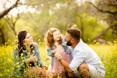 @ Photographer Amy Elizabeth Birdsong Photography Texas Bluebonnet family portrait location photographer-47