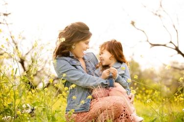@ Photographer Amy Elizabeth Birdsong Photography Texas Bluebonnet family portrait location photographer-48