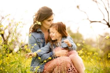 @ Photographer Amy Elizabeth Birdsong Photography Texas Bluebonnet family portrait location photographer-49