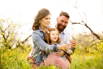 @ Photographer Amy Elizabeth Birdsong Photography Texas Bluebonnet family portrait location photographer-51