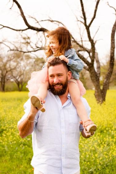 @ Photographer Amy Elizabeth Birdsong Photography Texas Bluebonnet family portrait location photographer-54