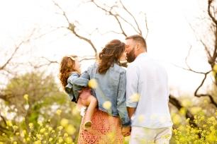 @ Photographer Amy Elizabeth Birdsong Photography Texas Bluebonnet family portrait location photographer-61